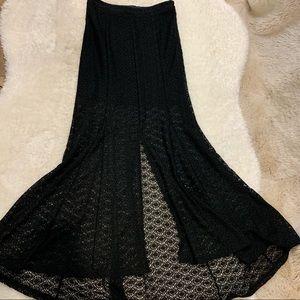 MINKPINK Black Maxi Skirt - S